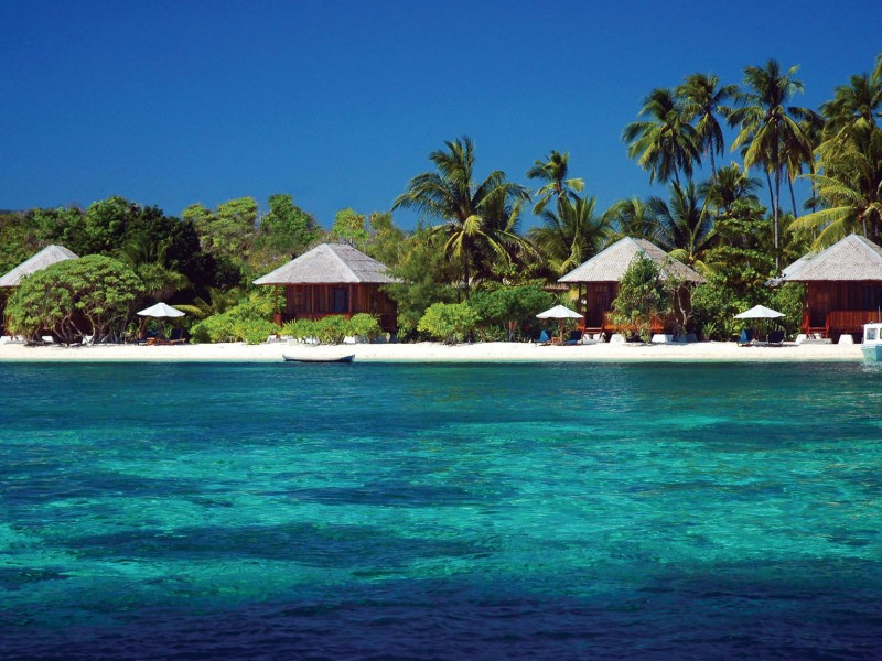 Wakatobi Beach Bungalows