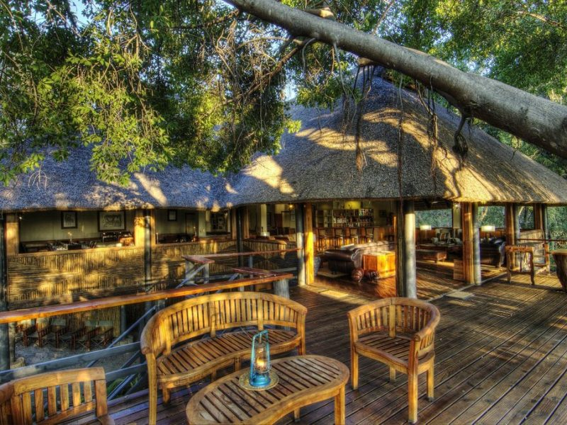 camp-moremi-main-lodge