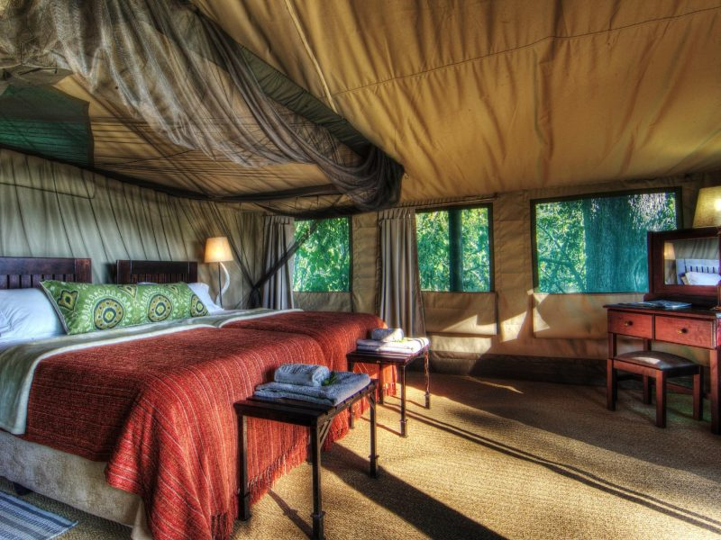 moremi-raised-tent-bedroom